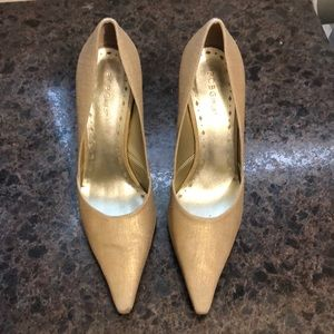 Gold iridescent linen high heel shoes